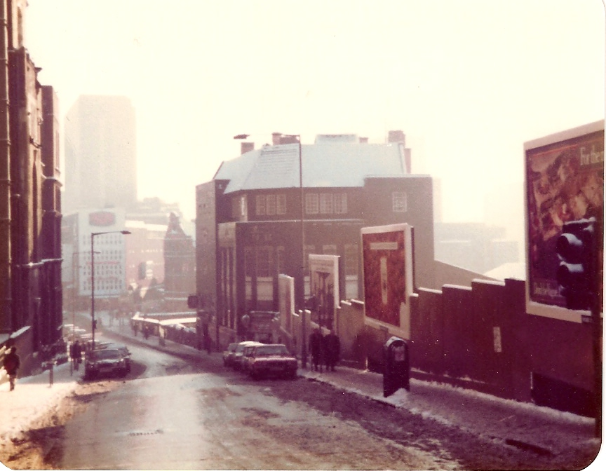 the-golden-eagle-hill-street-1981
